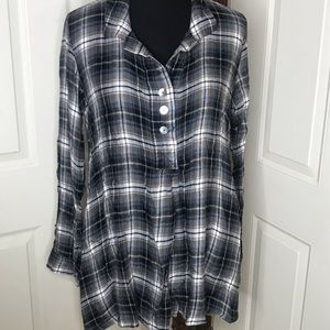 Mod-o-doc soft flannel, buttons 1/2 way down sz M